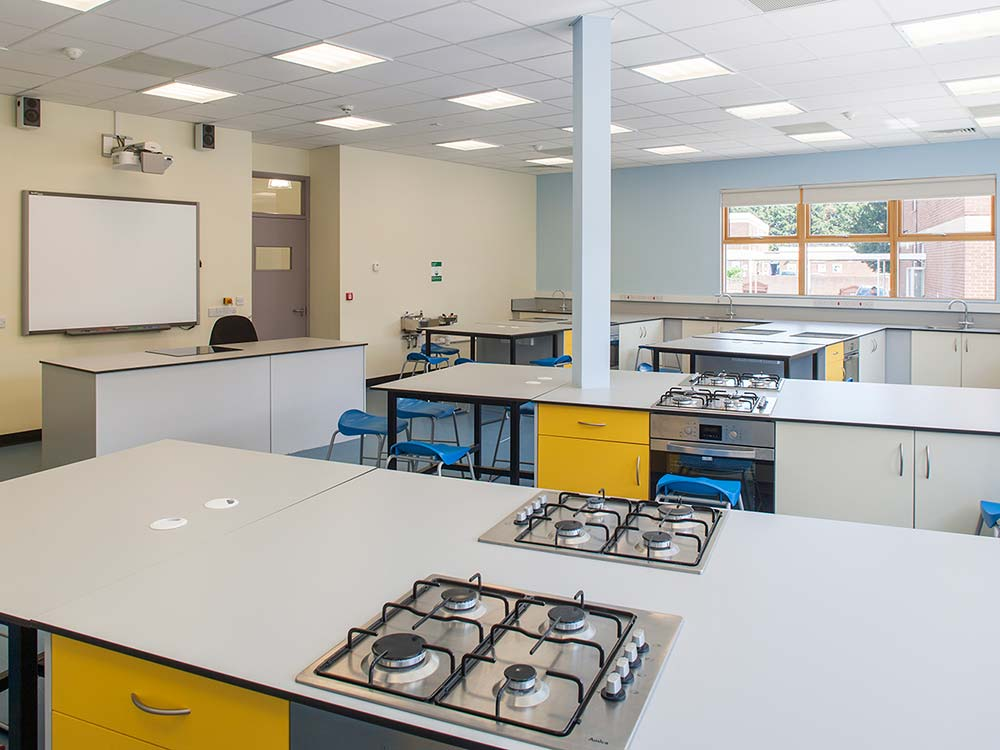 gunnersbury-catholic-school-food-technology-reception-building-09-murphy-dave-architects