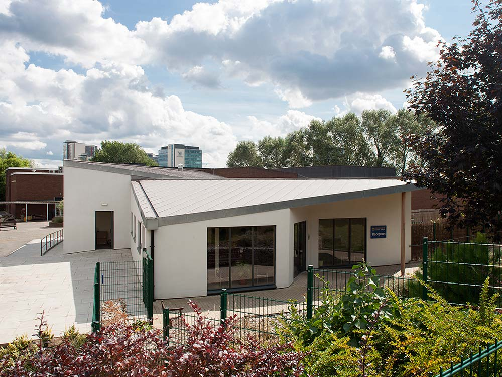 gunnersbury-catholic-school-food-technology-reception-building-22-murphy-dave-architects